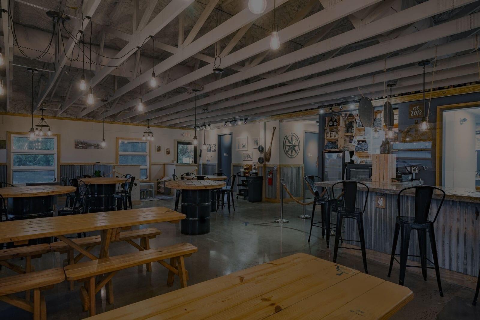 Tidal Creek Brewhouse dining interior